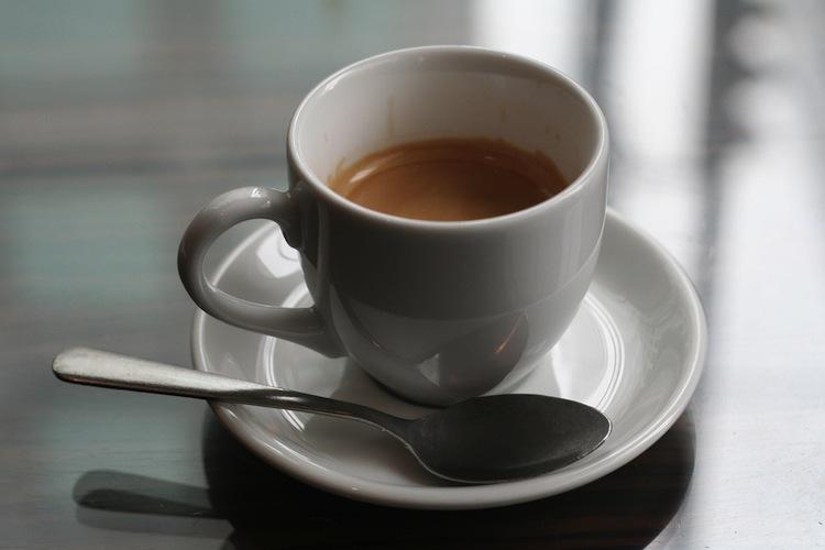 manfaat kopi hitam untuk kesehatan, mulai dari panjang umur hingga mengurangi risiko kanker